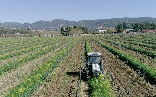 Uso de drones en maquinaria agrícola